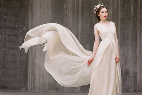 Handmade Wedding Gowns - the prettiest handmade wedding dresses on etsy livingly