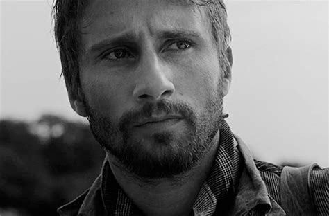 matthias schoenaerts contact animated gif about gif in matthias schoenaerts by vicki