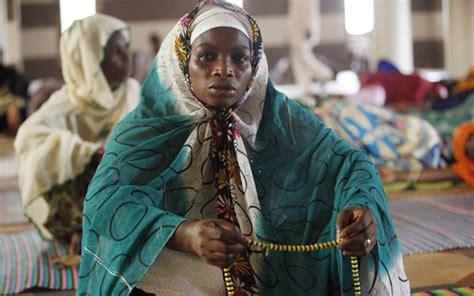 Kaos Muslim Bukan Teroris Pray For World 4 Cr suasana ramadhan di berbagai negara liputan islam
