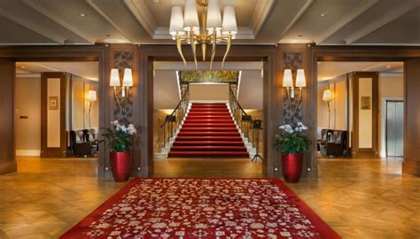 fairy tale living in milan hotel the grand hotel kempinski turns winter holidays into