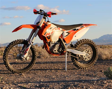 2015 ktm motocross 2015 ktm 250 xc f dirt bike test