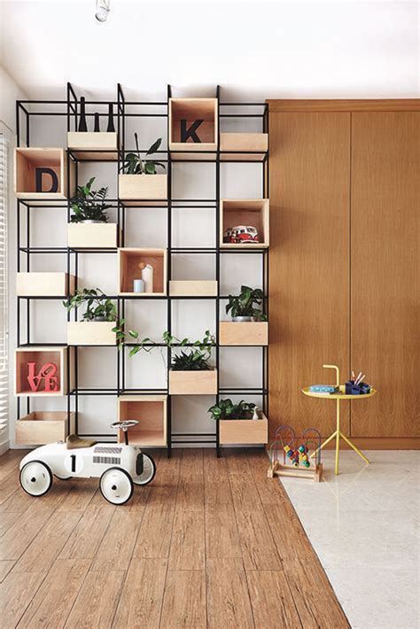 Feature wall design: How to style full height shelving and