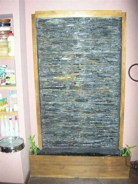imagenes de muros llorones minimalistas foto muro llor 243 n de ca 237 da de agua de fuentes decorativas