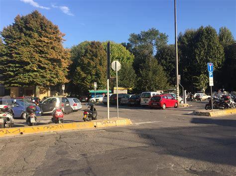 piazzale porta romana firenze piazzale di porta romana parking parkerar i firenze parkme