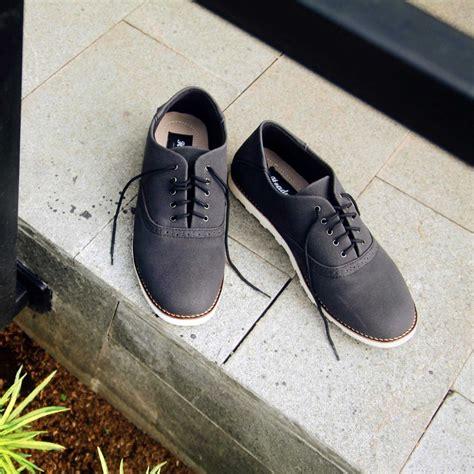 jual sepatu casual pria headway footwear proud black di