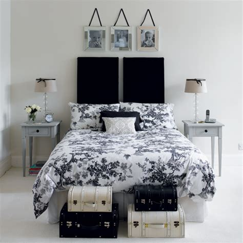 black and white bedroom home decor