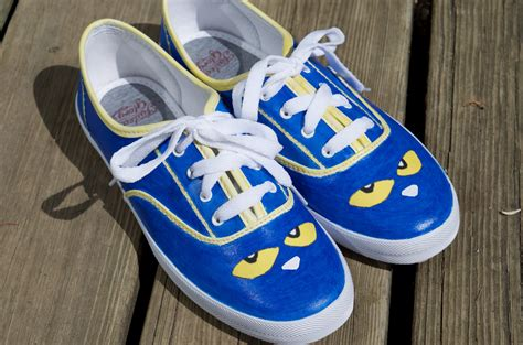 pete the cat sneakers diy pete the cat shoes tutorial children s book fashion