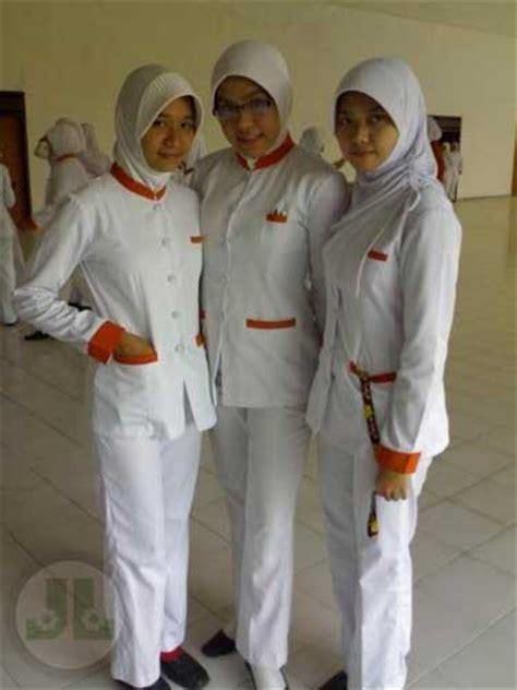 katalog produk baju seragam perawat