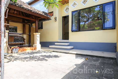 three bedrooms for rent cheap two storey with three bedroom house sanur s local