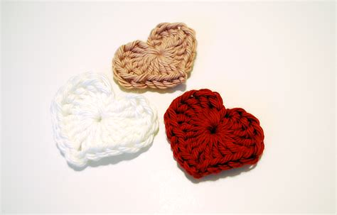 crochet heart pattern magic circle magic heart free pattern and tutorial b hooked crochet