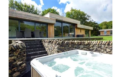 cottages in lake district with tub neddy cut luxurious cottage with tub the
