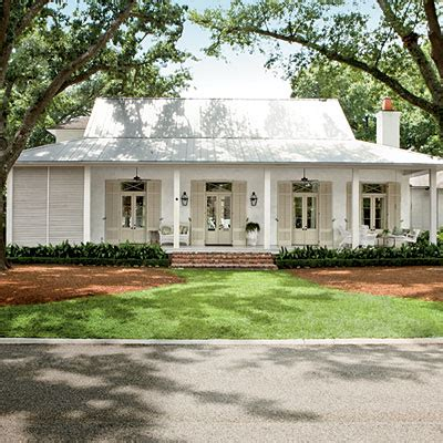 Southern Style Homes 7 Classic Southern Paint Colors Maybe This Will Come In