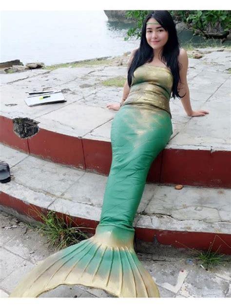 Kostum Rajut Foto Mermaid pesona 5 artis dalam balutan kostum putri duyung bintang