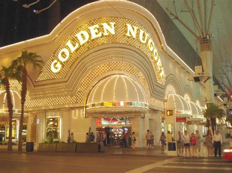 golden goose picture of fremont experience las