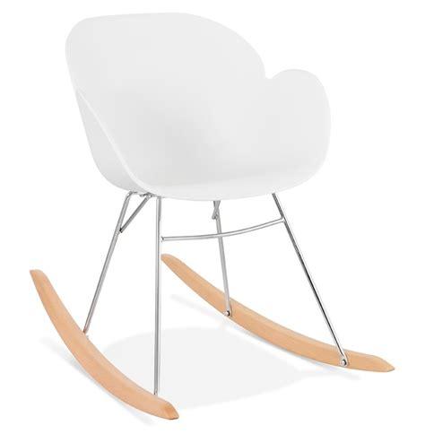 chaise a bascule blanche chaise 224 bascule design baskul blanche en mati 232 re plastique