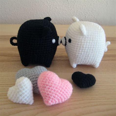 pattern amigurumi pig amigurumi pigs in love free crochet pattern also hearts