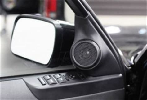 Speaker Portable Model Range Rover design world