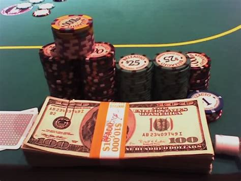 poker tournaments  cash games  difference