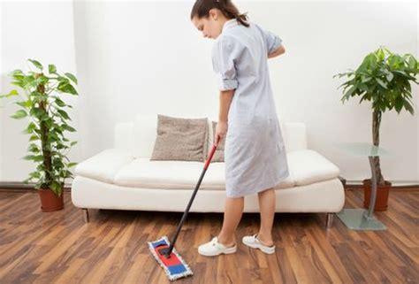 cuales son los derechos de la empleada domestica trabajadoras del hogar son necesarias amas de casa