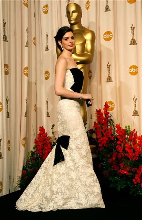 Who Wore It Best At The 79th Annual Academy Awards by Hathaway S Oscar Dresses Oscar Gowns Zimbio
