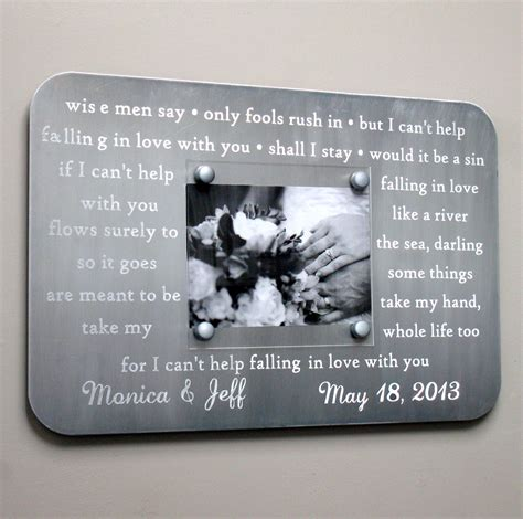 Wedding Gift Engraving Quotes by Happy 10th Ten Wedding Marriage Anniversary Wishes Quotes