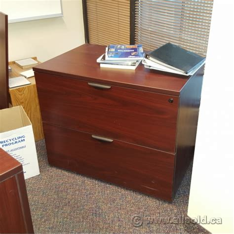 Mahogany Lateral File Cabinet 2 Drawer Mahogany 36 Quot 2 Drawer Lateral File Cabinet Locking Allsold Ca Buy Sell Used Office