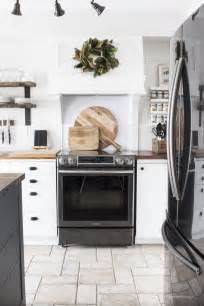 kitchens with stainless steel appliances best 25 black stainless steel ideas on pinterest stainless steel appliances black appliances