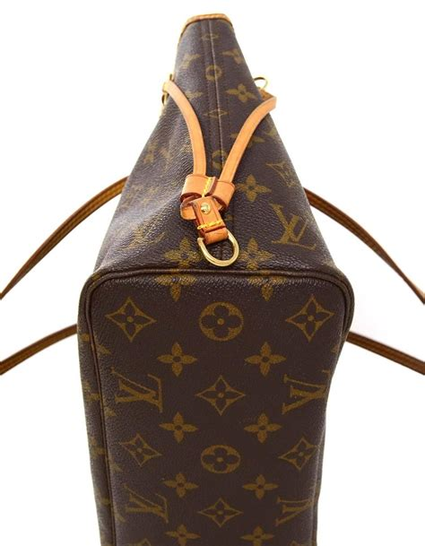 Tas Louis Vuitton Seri 5018 louis vuitton monogram canvas neverfull pm tote bag ghw for sale at 1stdibs