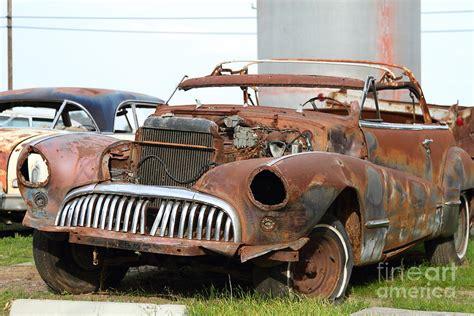 rusty  american car  photograph  wingsdomain