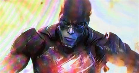 ezra miller the flash scene batman vs superman flash cameo leaks online cosmic book