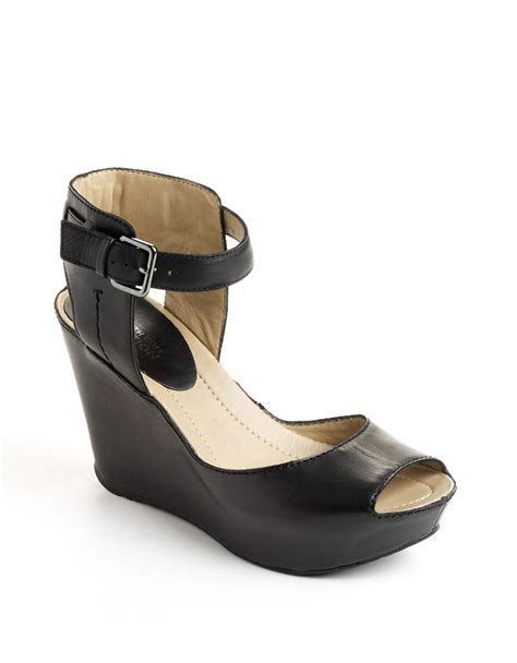 kenneth cole reaction wedge sandals kenneth cole reaction sole my leather platform wedge