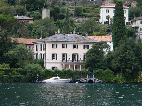 george clooney houses george clooney s villa on lake como villa oleandra
