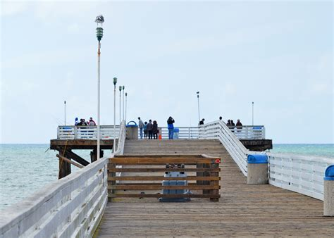 pacific beach and crystal pier staycations california