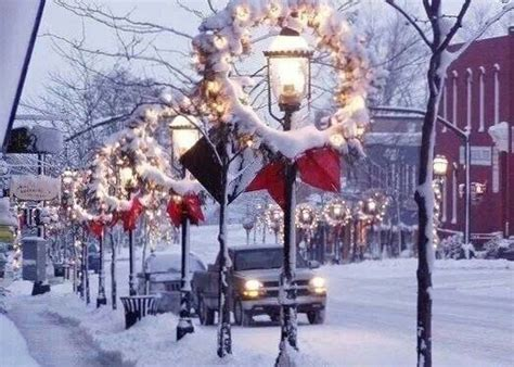small town christmas christmas decorations pinterest