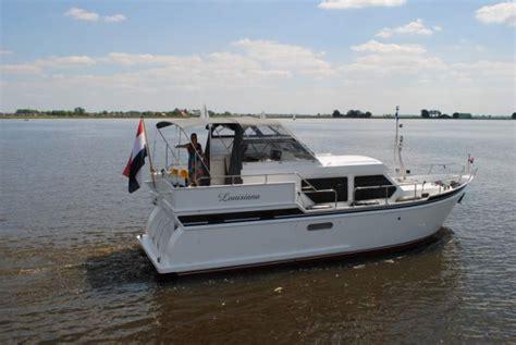 motorjacht huren friesland last minute boot huren in friesland lastminutevaren nl