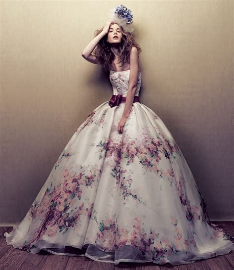 wedding dress and flower top 10 wedding trends for and summer 2015 top inspired