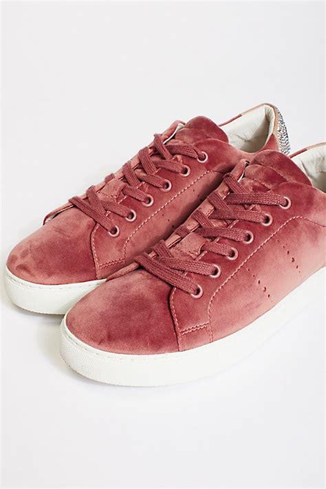 Wink Free Search Wink Wink Embellished Sneaker Free