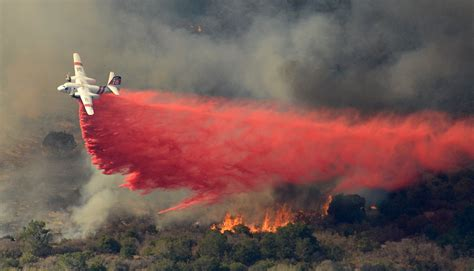 Wildfire At containment of vandenberg wildfire begins as hundreds of