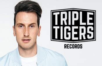 russell dickerson management russell dickerson country 10 questions music and radio