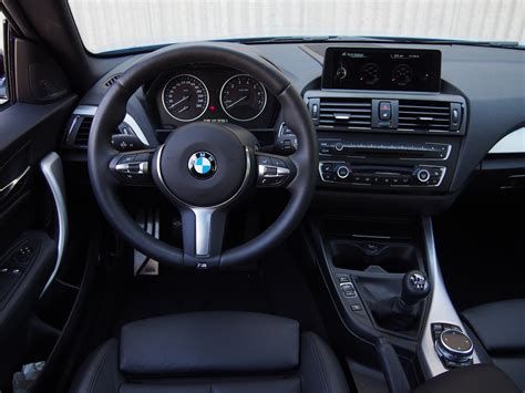 Bmw M235i Interior by 2014 Bmw M235i Review Cars Photos Test Drives And