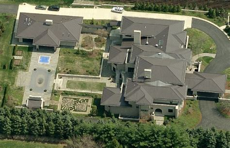 lebron james house akron lebron s wife is excited to spend summer in their akron house you morons