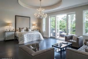 Mansion Bedrooms Surrey Mansion With Eight Bedroom Suites And Private