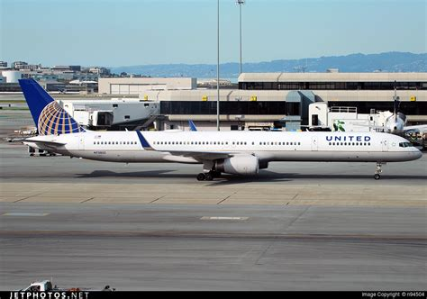 united airlines to add denver flights as part of expansion plan n75853 boeing 757 324 united airlines n94504 jetphotos