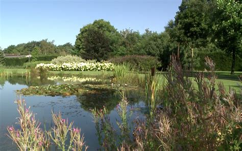 van leuken tuinen parkachtige tuin met zwembad tuinarchitect jacques van