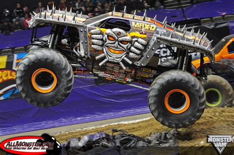 monster truck show 2014 hton virginia monster jam february 15 2014 7