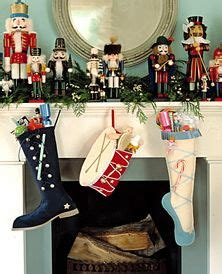 fireplace nutcracker 1000 images about fireplace mantel decor on mantels fireplace mantels and mantles