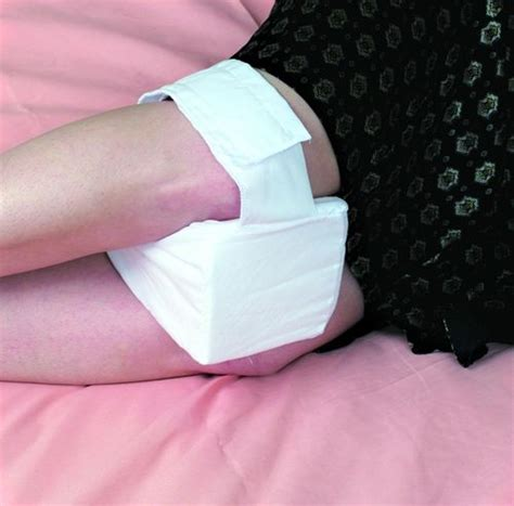 knee support pillow relief