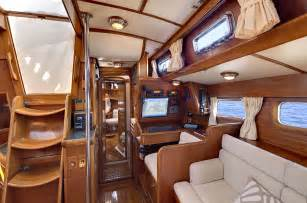 Interior In Interior Resolute 53ft Luxury Harbor Sailboat For