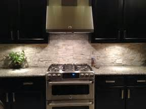 ceramictec tampa florida tile contractor blog stacked stone quartz backsplash apollo beach