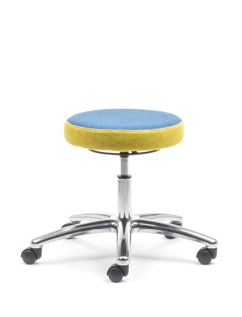 kore wobble chair vs hokki stool wobble stool for students therapeutic wobble chair